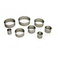 Fischer 8-piece Round Plain Cookie Cutter Set - stainless steel