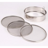 Stainless Steel Sieve with 3 interchangeable meshes - 20cm diameter