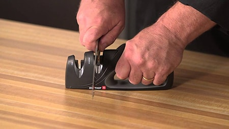 Using a manual sharpener is that easy!