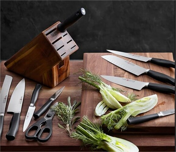 Equip your kitchen with one of our knife block sets!